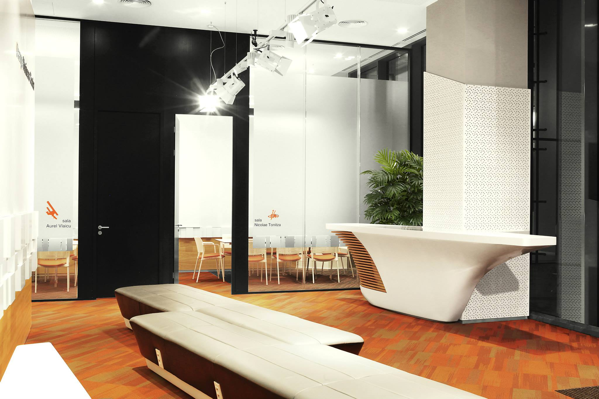 ORANGE-Operational-Center_Trivenus_AMA-Design_02
