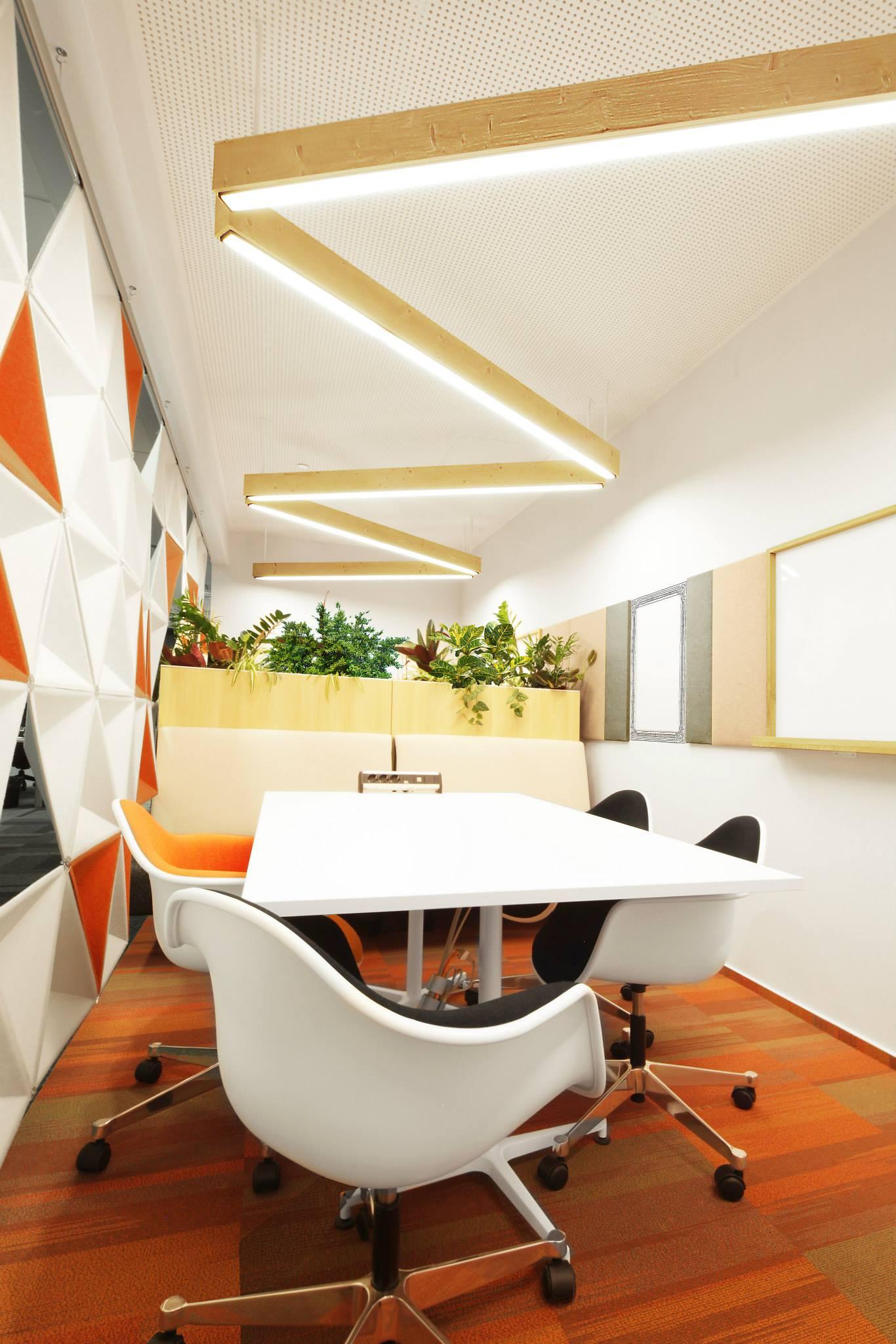 ORANGE-Operational-Center_Trivenus_AMA-Design_03