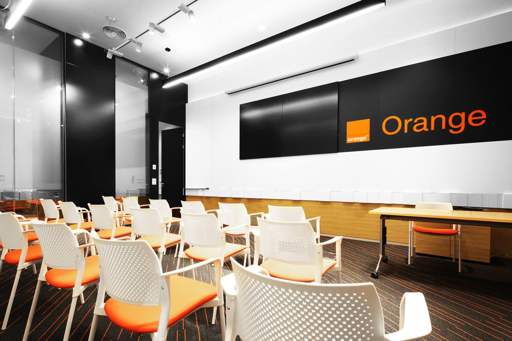 ORANGE-Operational-Center_Trivenus_AMA-Design_23