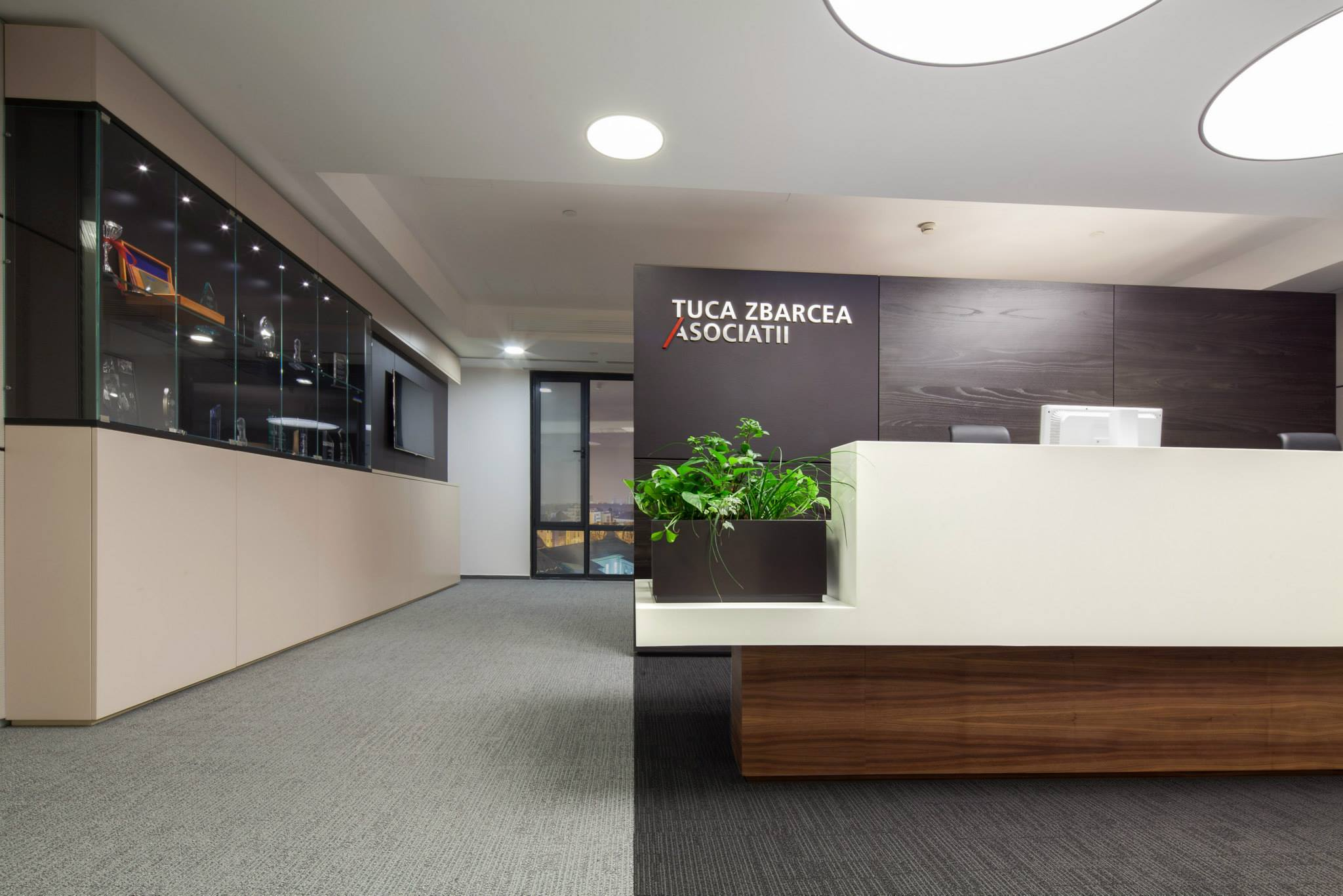 Tuca-Zbarcea-Asociatii_Trivenus_Ama_design_02
