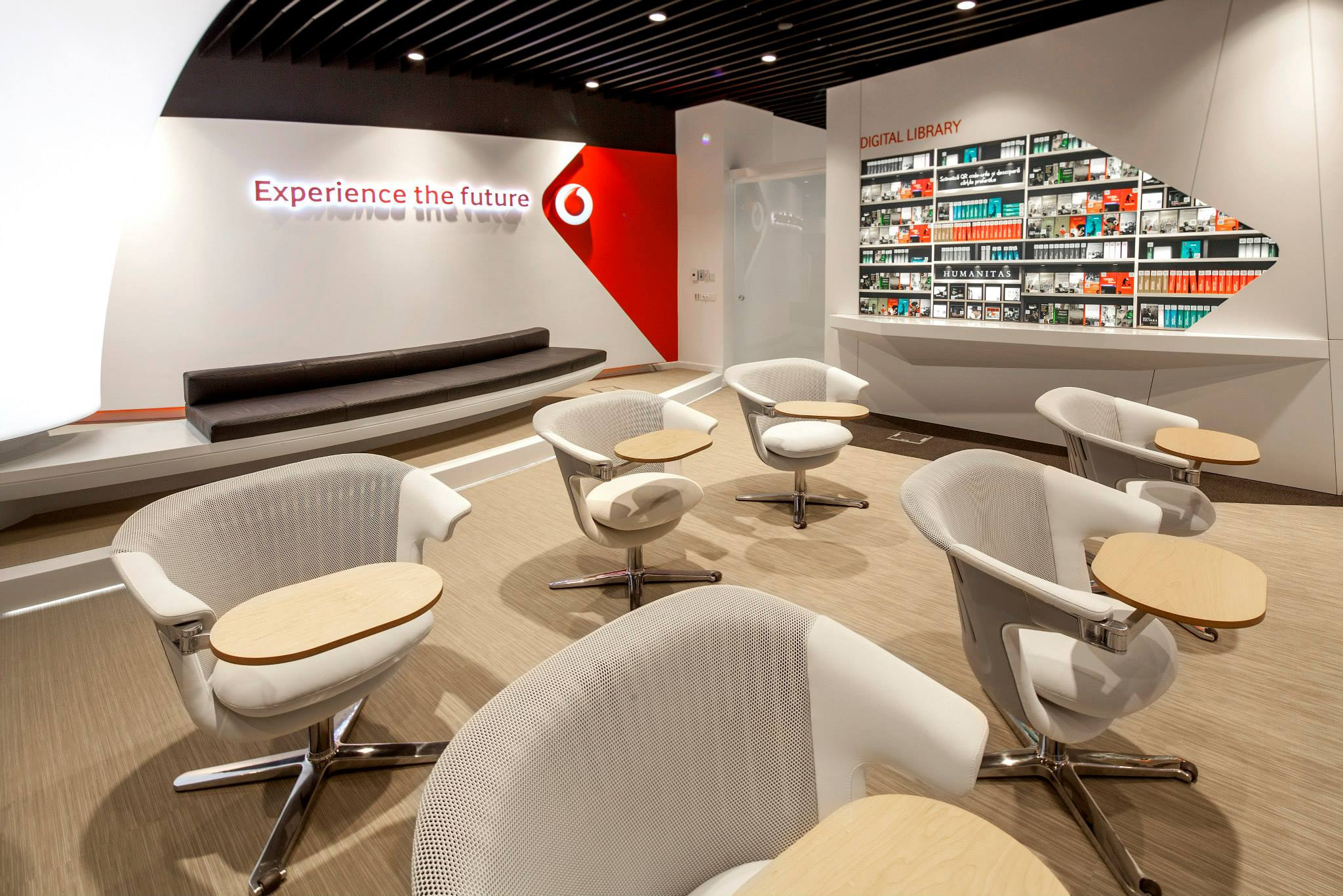 VODAFONE-Customer-Experience-Center-Pipera_Trivenus-Ama-Design_07