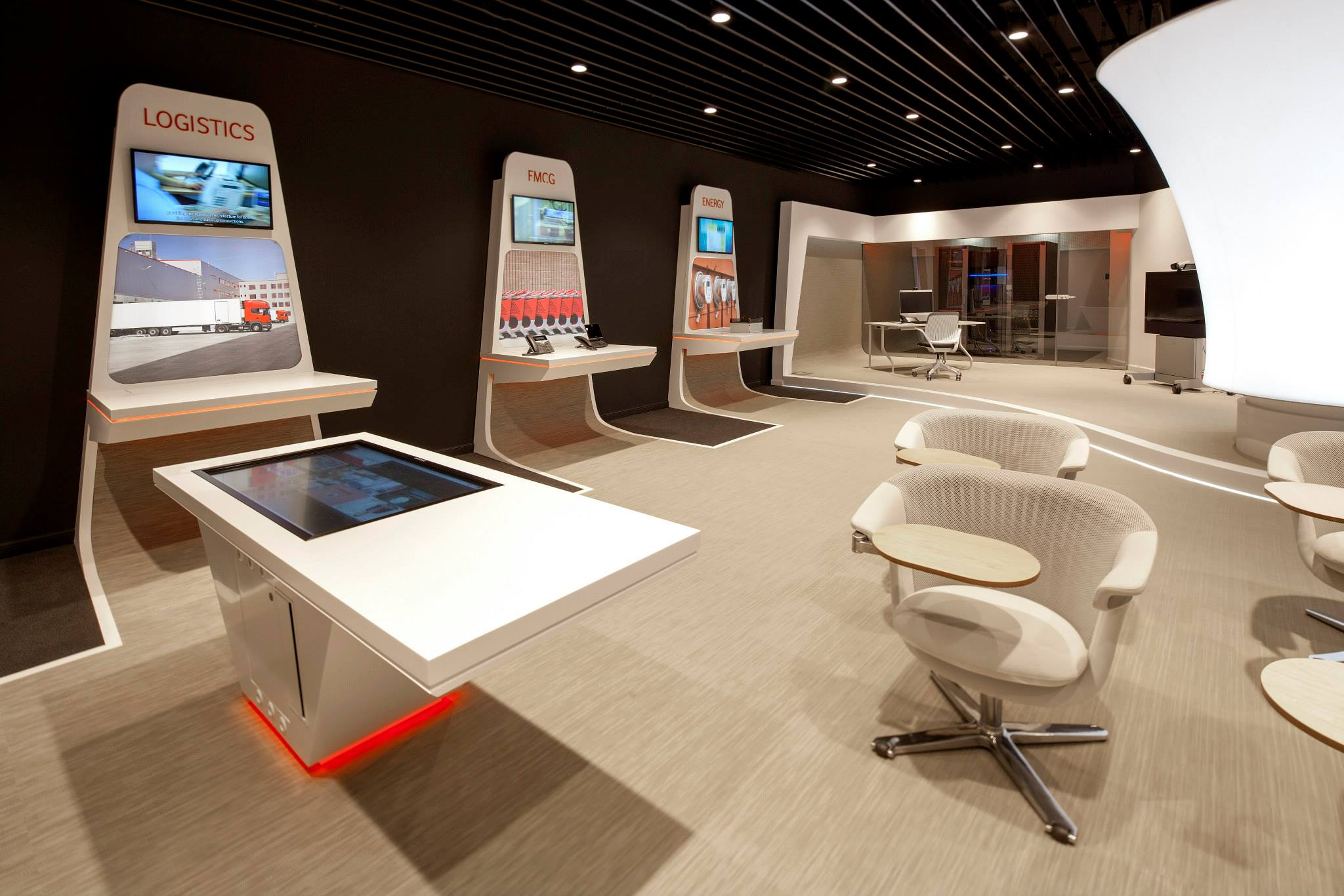 VODAFONE-Customer-Experience-Center-Pipera_Trivenus-Ama-Design_08