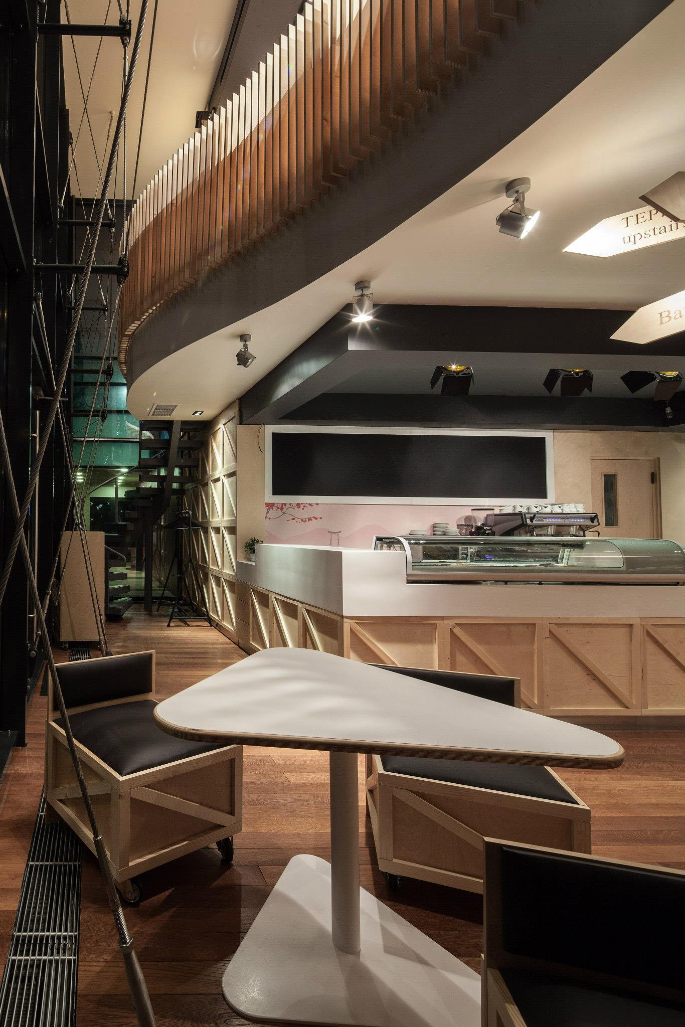 YOSHI-Sushi-Teppanyaki-Trivenus-Ama-Design-17